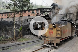 Link zum Video »China Steam 2013 - Part 5 - Is Shibanxi Railway still worth a visit?« auf YouTube