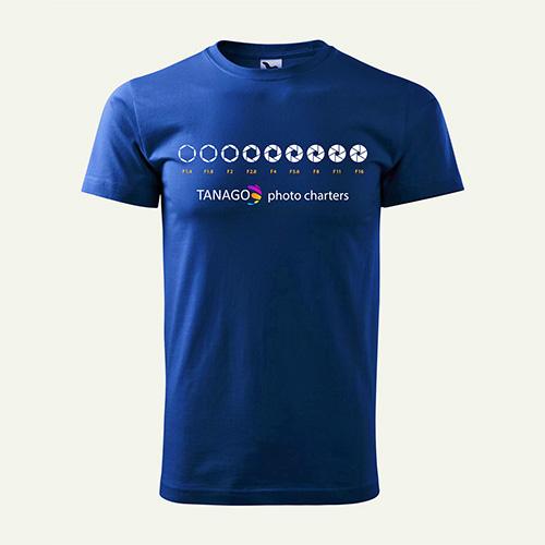 T-Shirt mit Blendenmotiv und Tanago Logo Blau