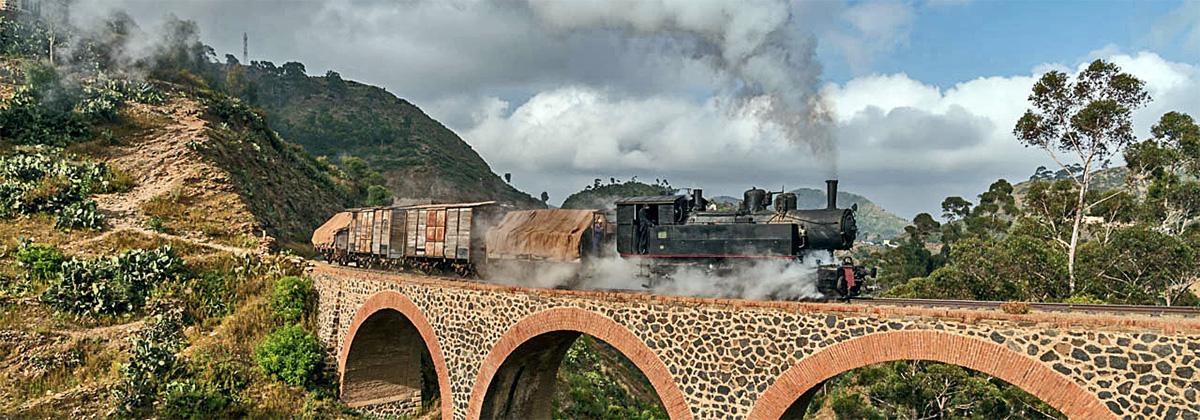 Eritrea Dampflok Mallett Tanago Eisenbahnreisen Erlebnisreisen