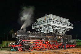 Germany: An evening at the Chemnitz-Hilbersdorf depot, railcar Tanago Railfan tours photo charter