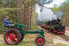 Germany: Bad Muskau – with Diana and 2 brigade locomotives in Muskau forest, railcar Tanago Railfan tours photo charter